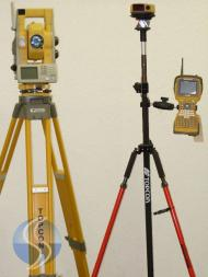 topcon-gpt-9003a-robotic-total-station.jpg